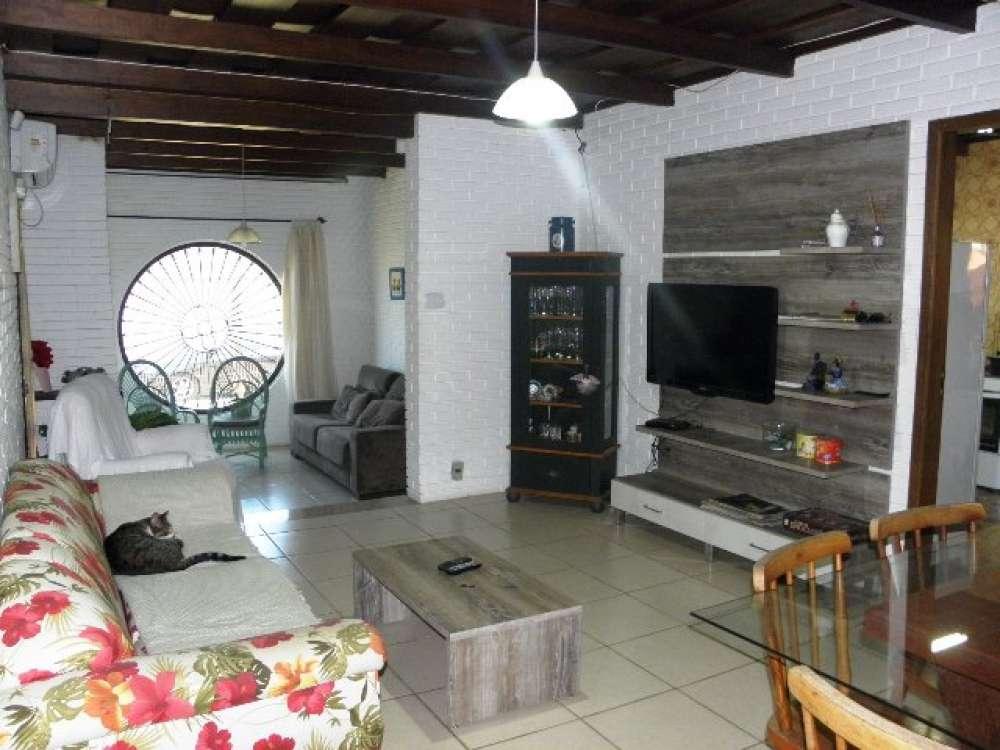 Casa 5 dormitórios para temporada, Centro em Capão da Canoa | Ref.: 1015