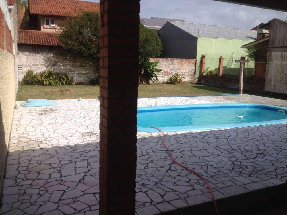 Casas 4 dormitórios em Capão da Canoa   Ref.: 416